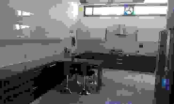 Residence M-35 Modern kitchen by ArchiDes Modern