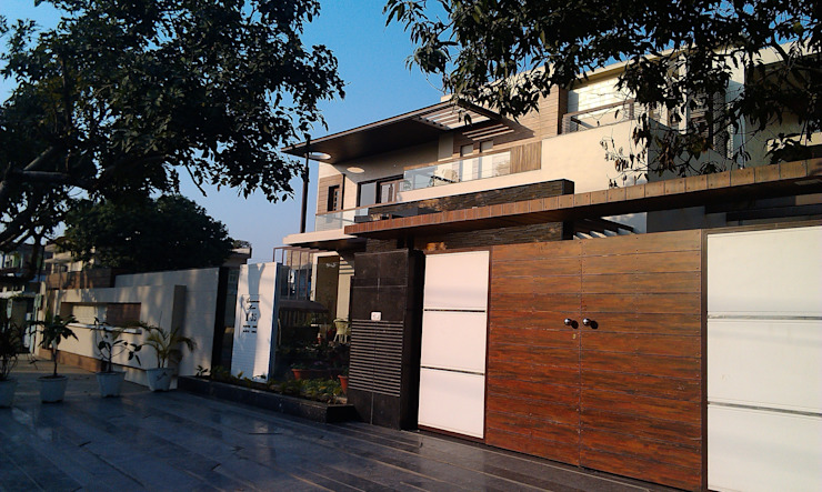 Residence M-35 Modern houses by ArchiDes Modern