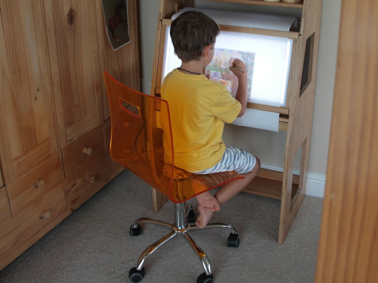 Wonder Easel/ LED Painting Centre: modern  by Woodquail, Modern