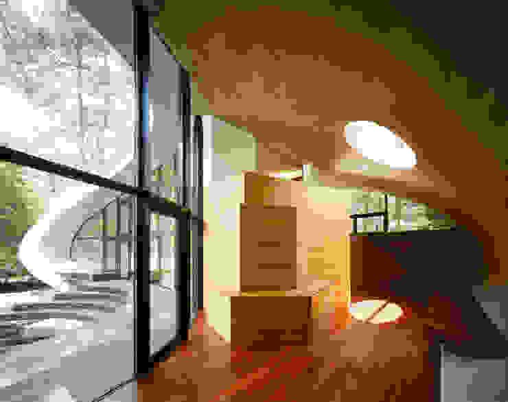 SHELL Moderne Wohnzimmer von ARTechnic architects / アールテクニック Modern