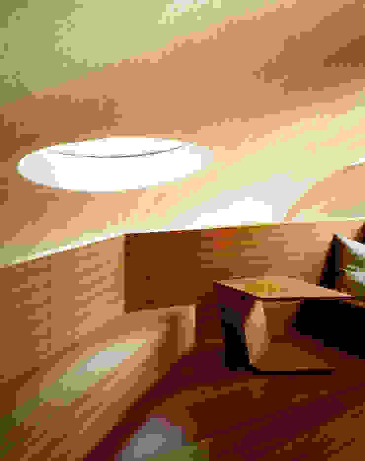 SHELL Moderne Wände & Böden von ARTechnic architects / アールテクニック Modern