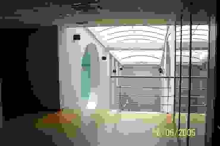 PROYECTO PARA OFICINAS de Tomas Sifre Arquitectos Minimalista