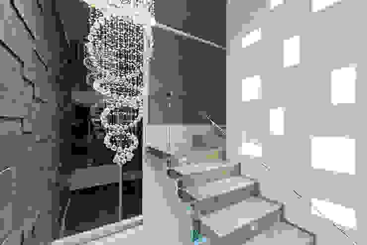 Modern corridor, hallway & stairs by NonWarp Modern