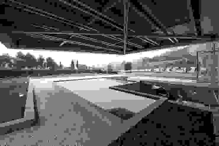 RAINBOW Imagination factory Ingresso, Corridoio & Scale in stile moderno di Studio Bianchi Architettura Moderno