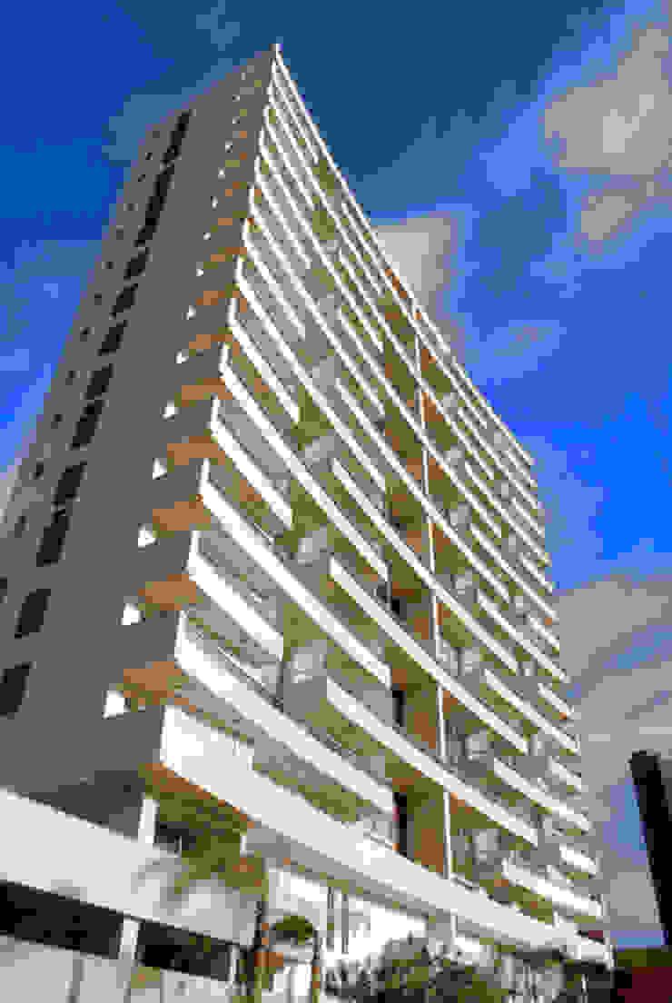 Tutto Residenziale por Alberto Torres + Audrey Bello Ramos Moderno