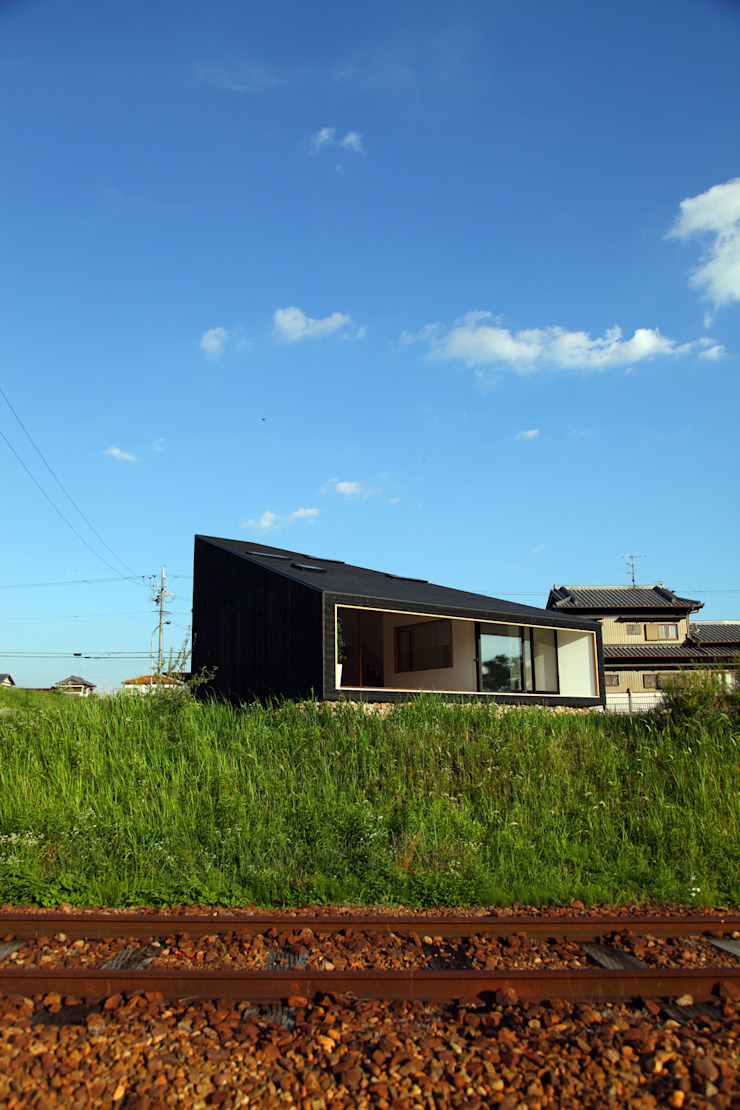 UNOU Eclectic style houses by 佐々木勝敏建築設計事務所 Eclectic