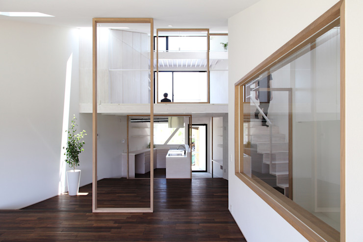 UNOU オリジナルな 家 の 佐々木勝敏建築設計事務所 オリジナル