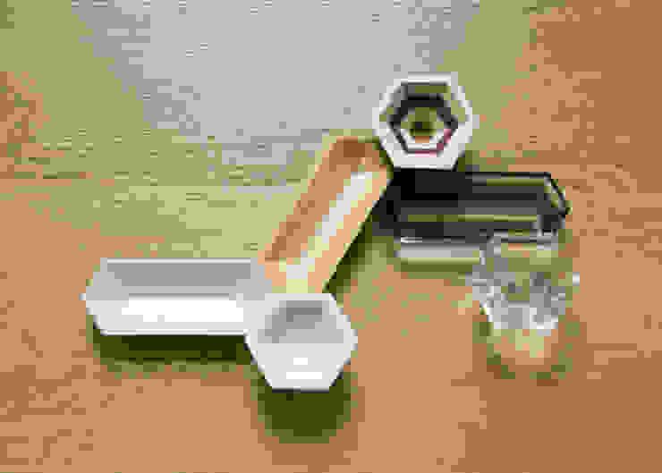 地層の器: Kairi Eguchi Designが手掛けた現代のです。,モダン