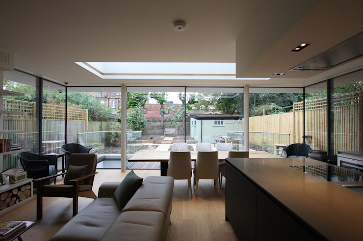 Courthope Road Modern dining room by IQ Glass UK Modern