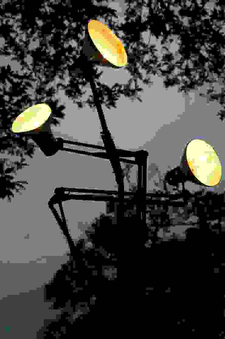 Tree arms – lampada albero di Design art Eclettico