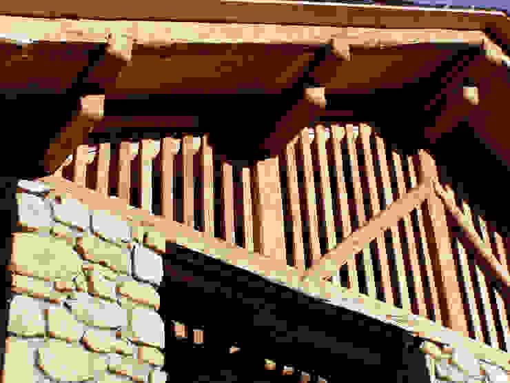 Casas de estilo rústico de zanella architettura Rústico
