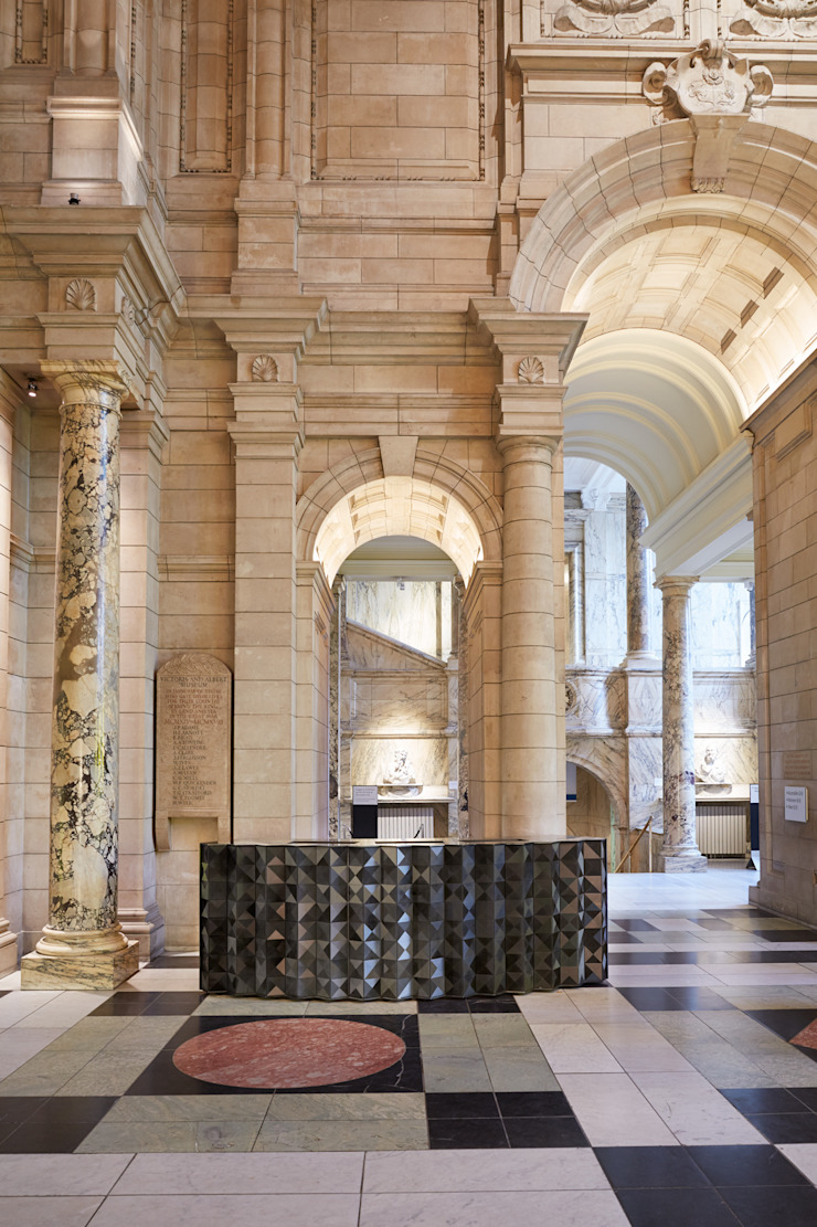 Victoria & Albert Museum: modern  by Giles Miller Studio, Modern