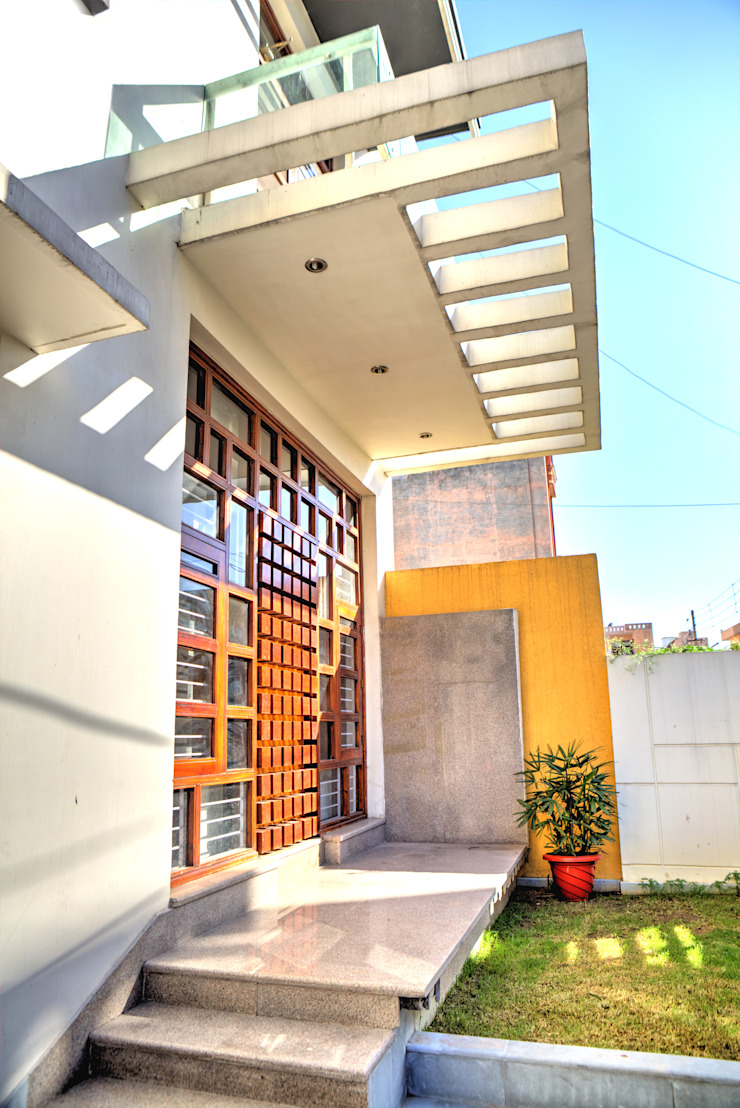 Entrance Modern houses by Studio An-V-Thot Architects Pvt. Ltd. Modern