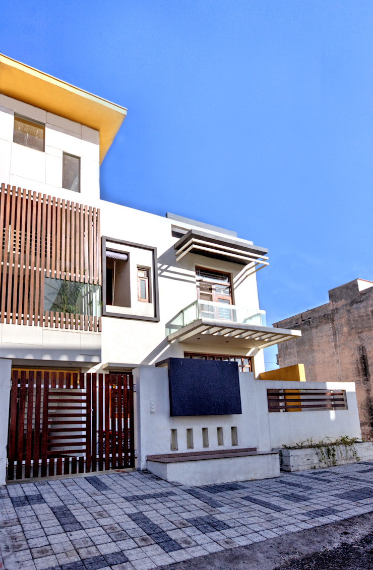 Front Modern houses by Studio An-V-Thot Architects Pvt. Ltd. Modern