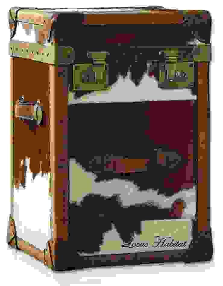 Voyage Side trunk: classic  by Locus Habitat,Classic