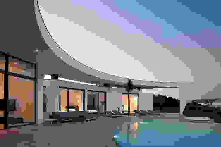 Moderne Häuser von Reflexões Contemporary Design Modern