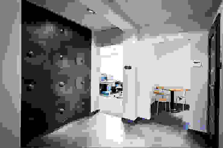 3D Wandpaneelen LOFT DESIGN SYSTEM Nr. 11 Moderner Flur, Diele & Treppenhaus von Loft Design System Deutschland - Wandpaneele aus Bayern Modern