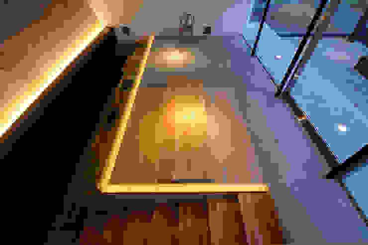 Beach House i モダンデザインの ダイニング の 山森隆司建築設計事務所 / Yamamori Architect & Associates モダン