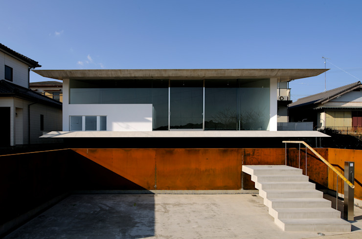 Beach House i Modern home by 山森隆司建築設計事務所 / Yamamori Architect & Associates Modern