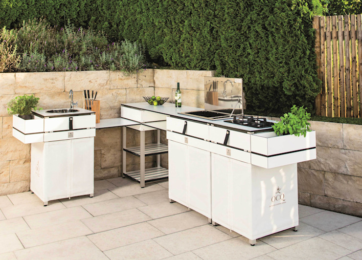 The modular Outdoor Kitchen od OCQ - Outdoor Cooking Queen Nowoczesny