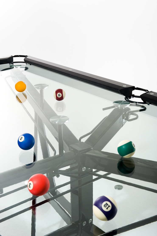 G1 Glass Pool Table de Quantum Play Moderno