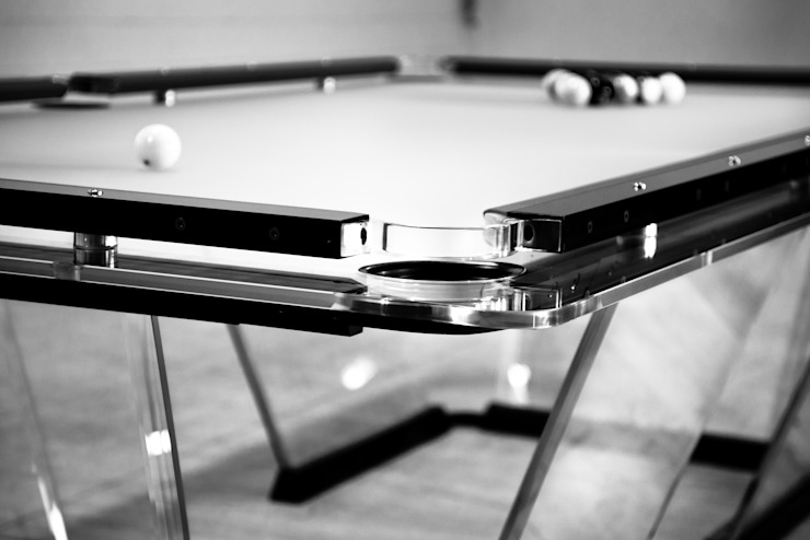 Lo Scuro Pool Table: modern  by Quantum Play, Modern