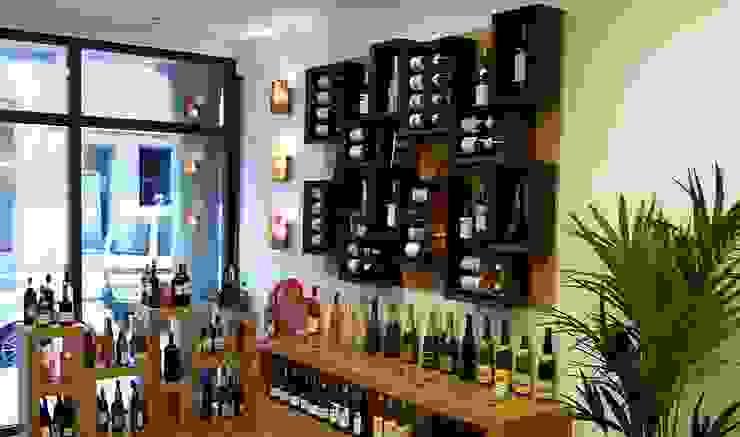 Portabottiglie Esigo 5, la libreria del vino! di Esigo SRL Moderno Legno Effetto legno