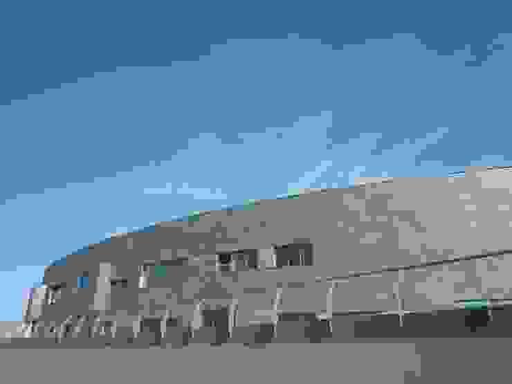 Centro de Talasoterapia en Puerto Deportivo de Gijón Piscinas de NAOS ARQUITECTURA