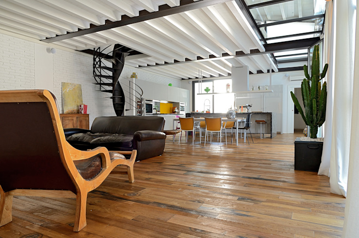 Massimo Adiansi Architetto Industrial style living room