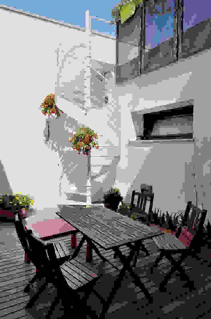 Balcones y terrazas industriales de Massimo Adiansi Architetto Industrial