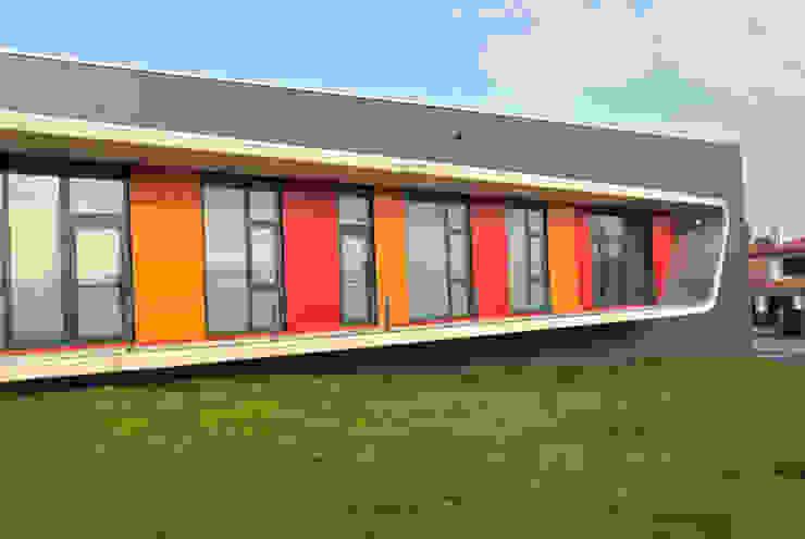 Escuela de Danza en Perillo (A Coruña) Salas multimedia de NAOS ARQUITECTURA