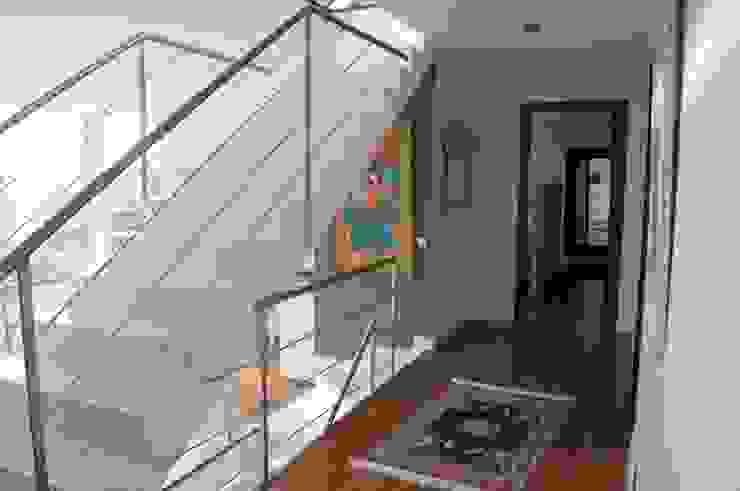 casa uni famigliare a Orsay Paris Francia di M.Ali Laghai Architetto