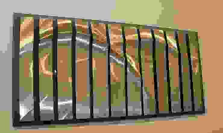 FORESHORE: minimalist  by MELANIE GUY, Minimalist
