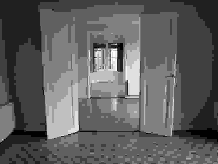 PLM 8. PISO BONBA studio Casas de estilo clásico