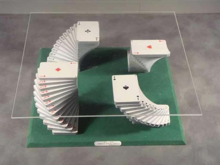 Table basse jeu de cartes par Design Bois Creation Éclectique
