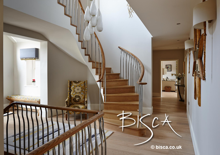 Semi Helix New Build Staircase Modern corridor, hallway & stairs by Bisca Staircases Modern