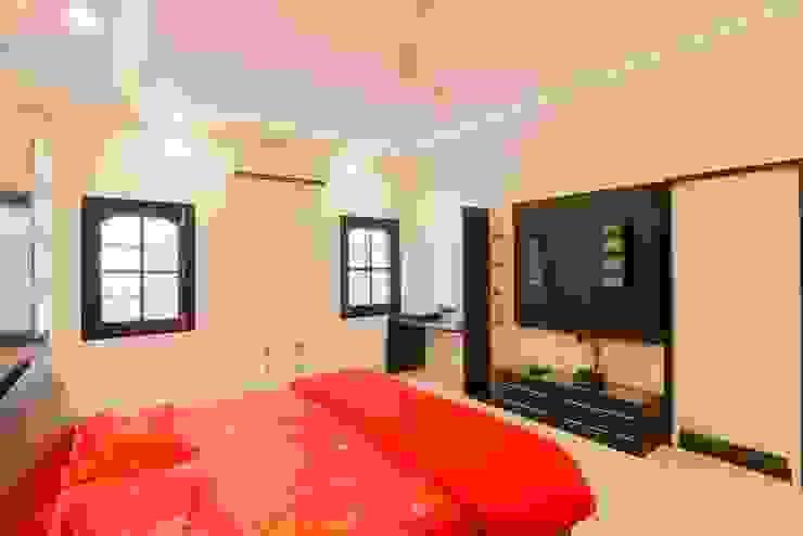 Bedroom by DESIGN5, Modern