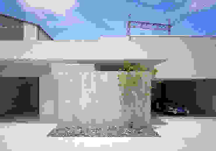 KST PRIVATE RESIDENCE モダンな 家 の METAPH建築設計事務所 / METAPH ARCHITECT ASSOCIATES モダン