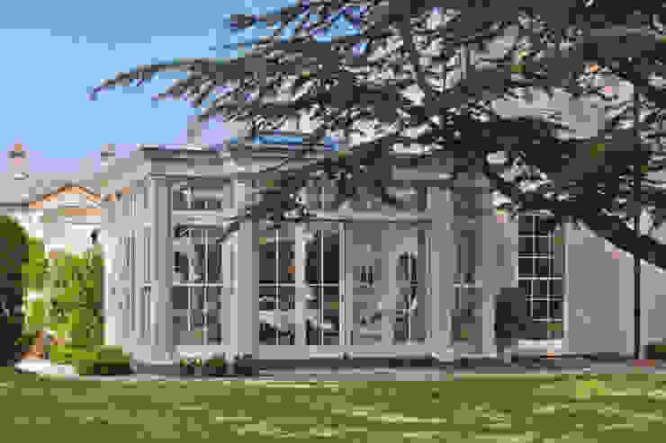 Orangery with Bi-fold Doors Vale Garden Houses Оранжерея