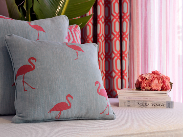 Flamingo & Trellis Addiction by Aldeco par AVOREZ | Exclusive UK Distributor Moderne