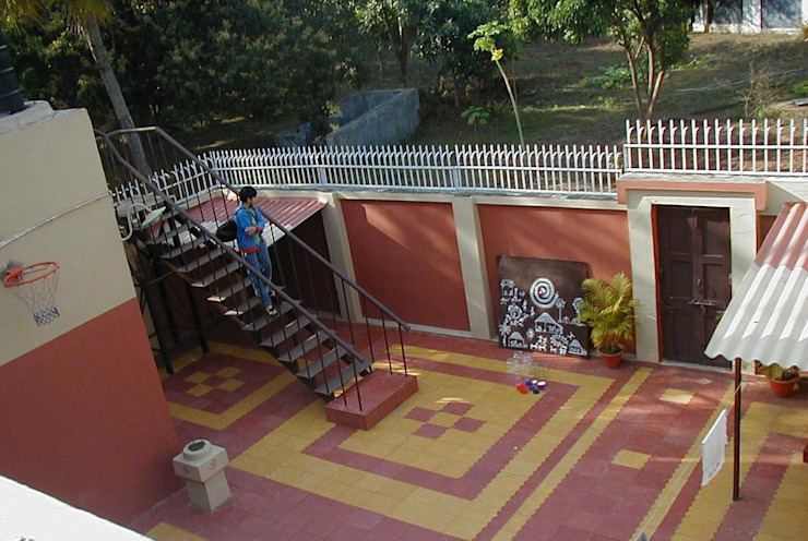 Renovation of garden & landscaping Anna Interiors Corridor, hallway & stairs Accessories & decoration