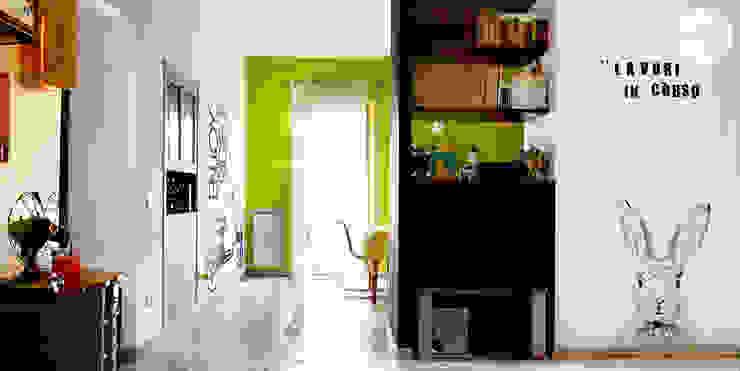 Ruang Keluarga Modern Oleh Spazio 14 10 di Stella Passerini Modern
