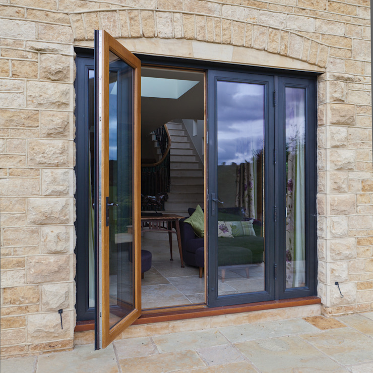 Single Clad Bronze Double Doors Architectural Bronze Ltd Finestre & PortePorte Metallo Nero