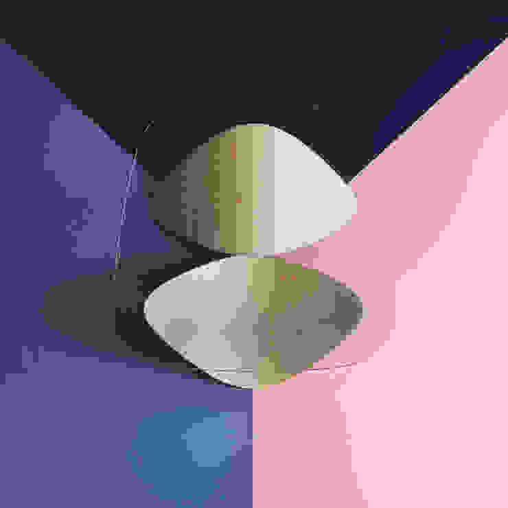Parallax - Oak whitened di Sandro Lopez Minimalista