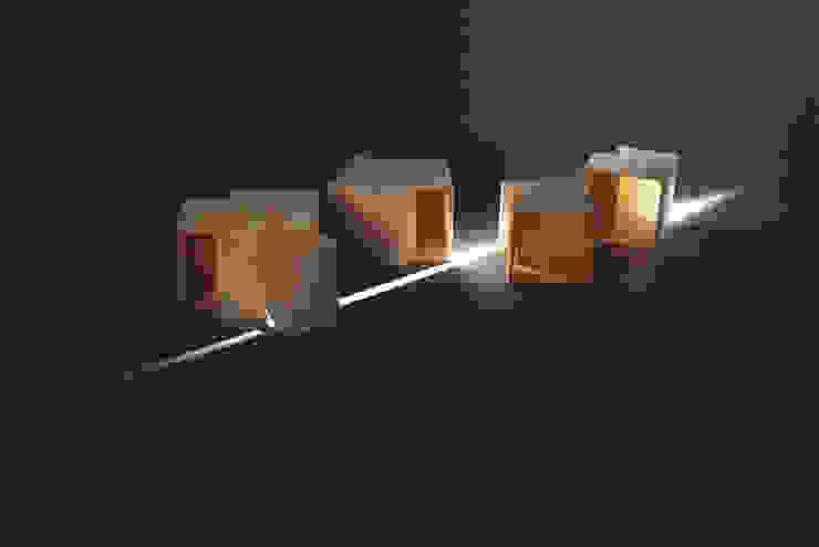 Microarchitectures – tabourets par Apolline Fluck Éclectique