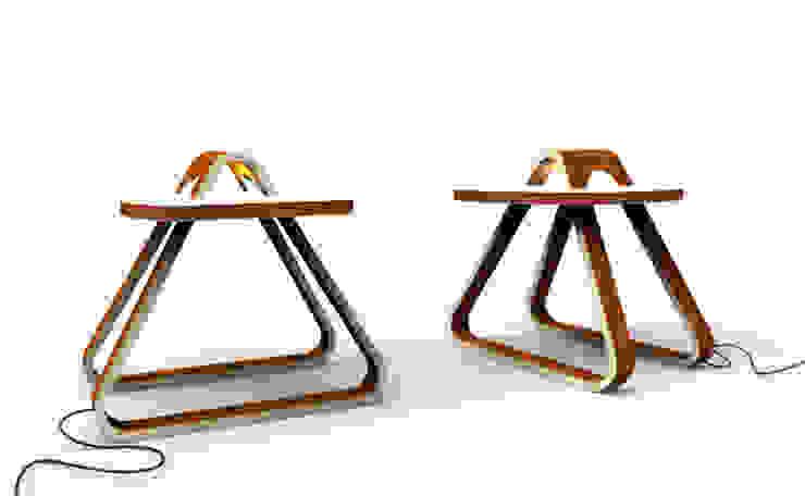 table T9 par Design9 Moderne