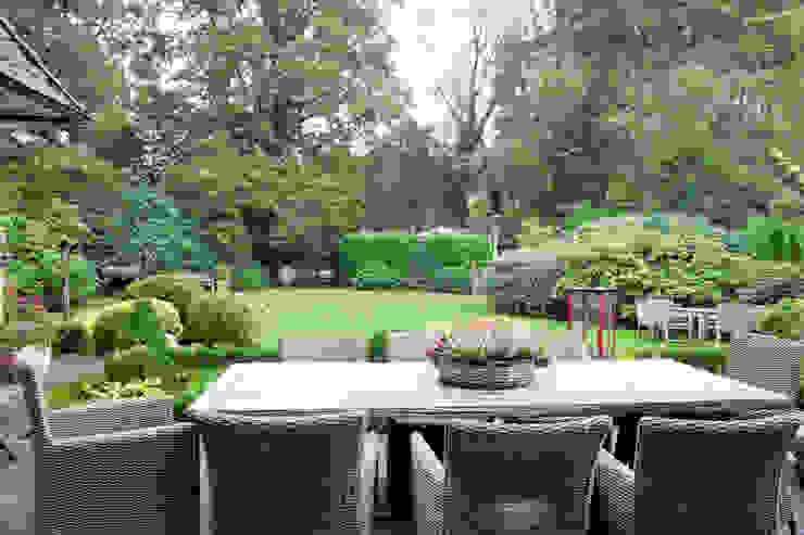 Einfamilienhaus Moderner Garten von schulz.rooms Modern