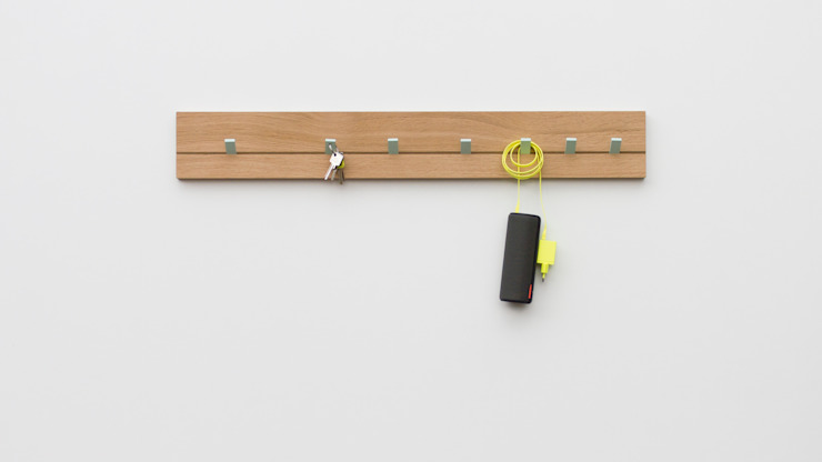 Kylie Garderobe von zweigespann – Atelier für Gestaltung Minimalistisch Holz Holznachbildung