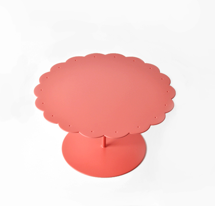 Soffio Cakestand:  in stile industriale di MR.LESS & MRS.MORE , Industrial