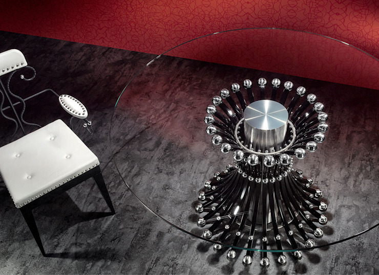 Round Table by REINER HEBE MODERN CLASSIC ARTWORK